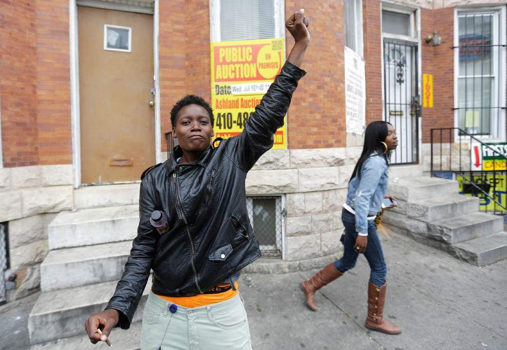 Prosecutor charges six Baltimore officers in Freddie Gray's death _lowres
