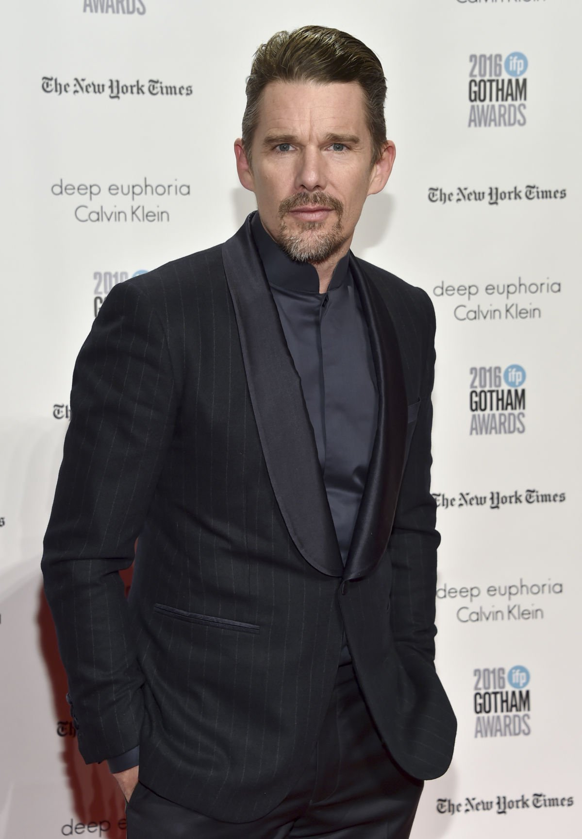 Ethan Hawke copy for Red