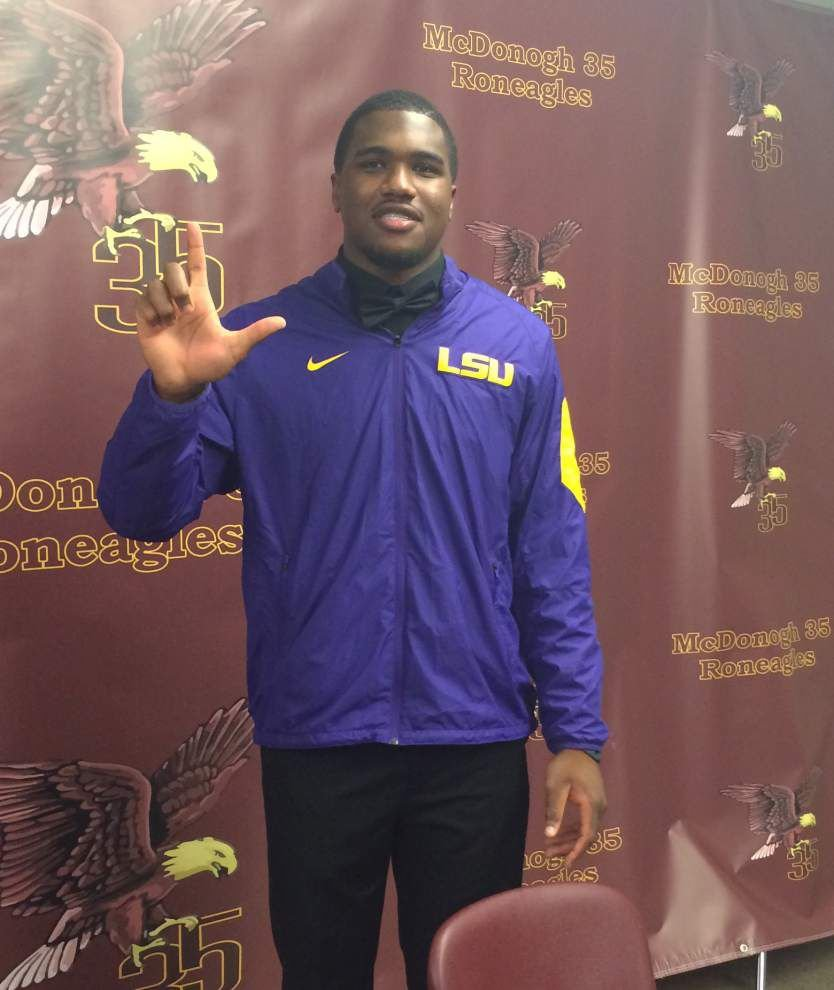 McDonogh 35's Sci Martin signs with LSU _lowres