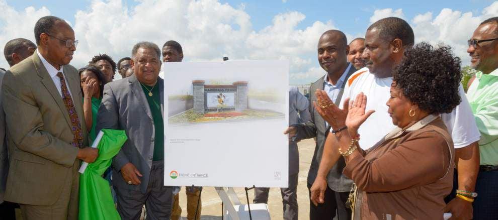 Planned 9th Ward football stadium to honor Carver grad Marshall Faulk _lowres