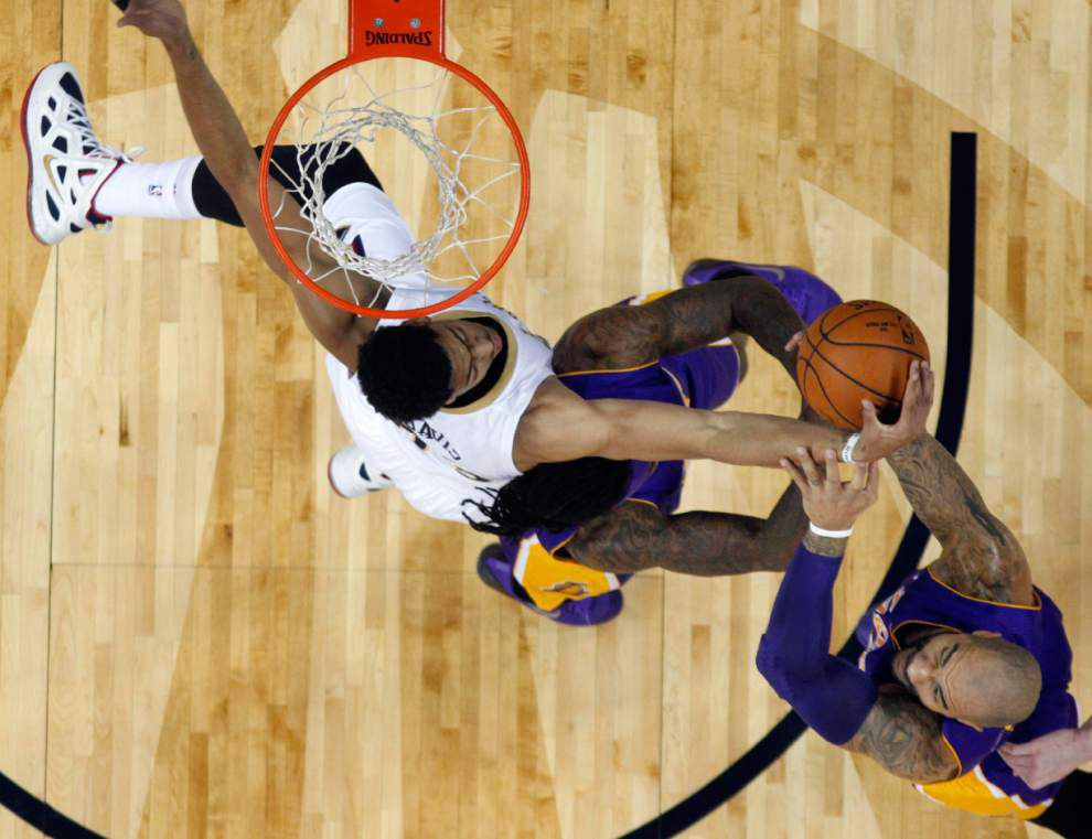 Video: Anthony Davis said the Pelicans did a good job of sharing the ball in win against Lakers _lowres