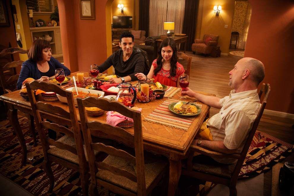 'Modern Family' actress Elizabeth Pena dies at 55 _lowres