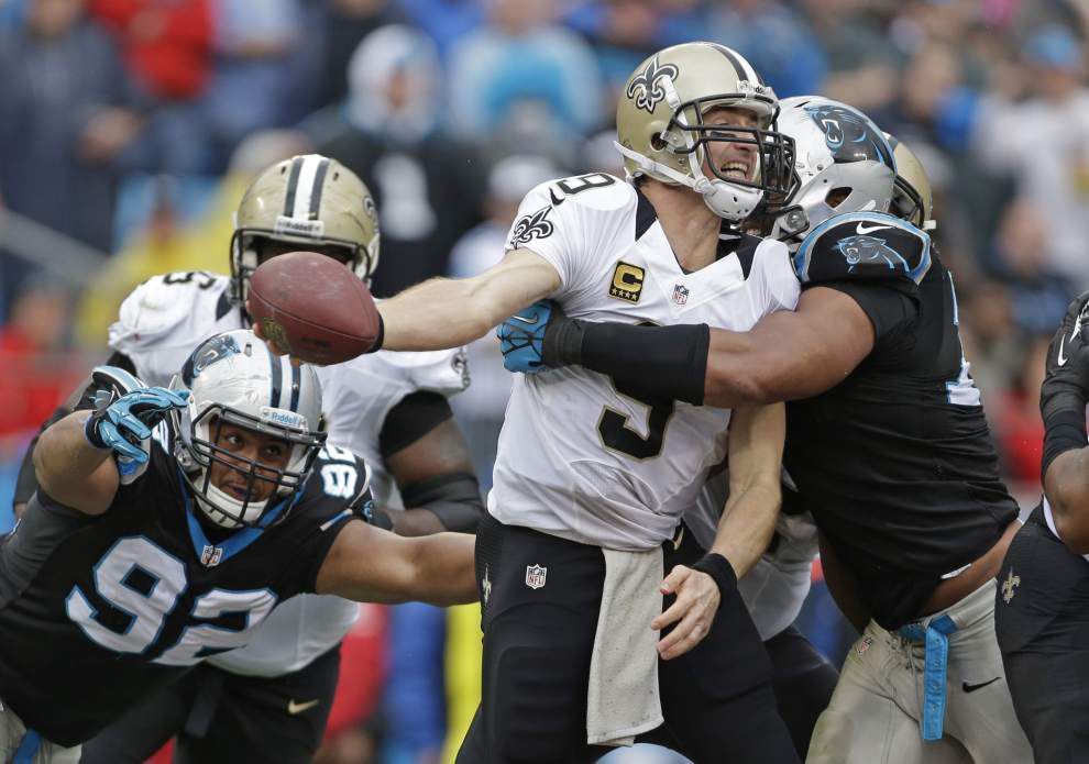 Brees limited in Wednesday's practice with knee injury _lowres