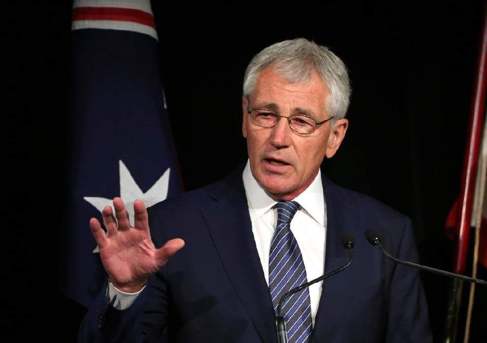Hagel sees progress, setbacks against militants _lowres
