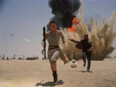 Review: 'The Force Awakens' is fun fan service _lowres