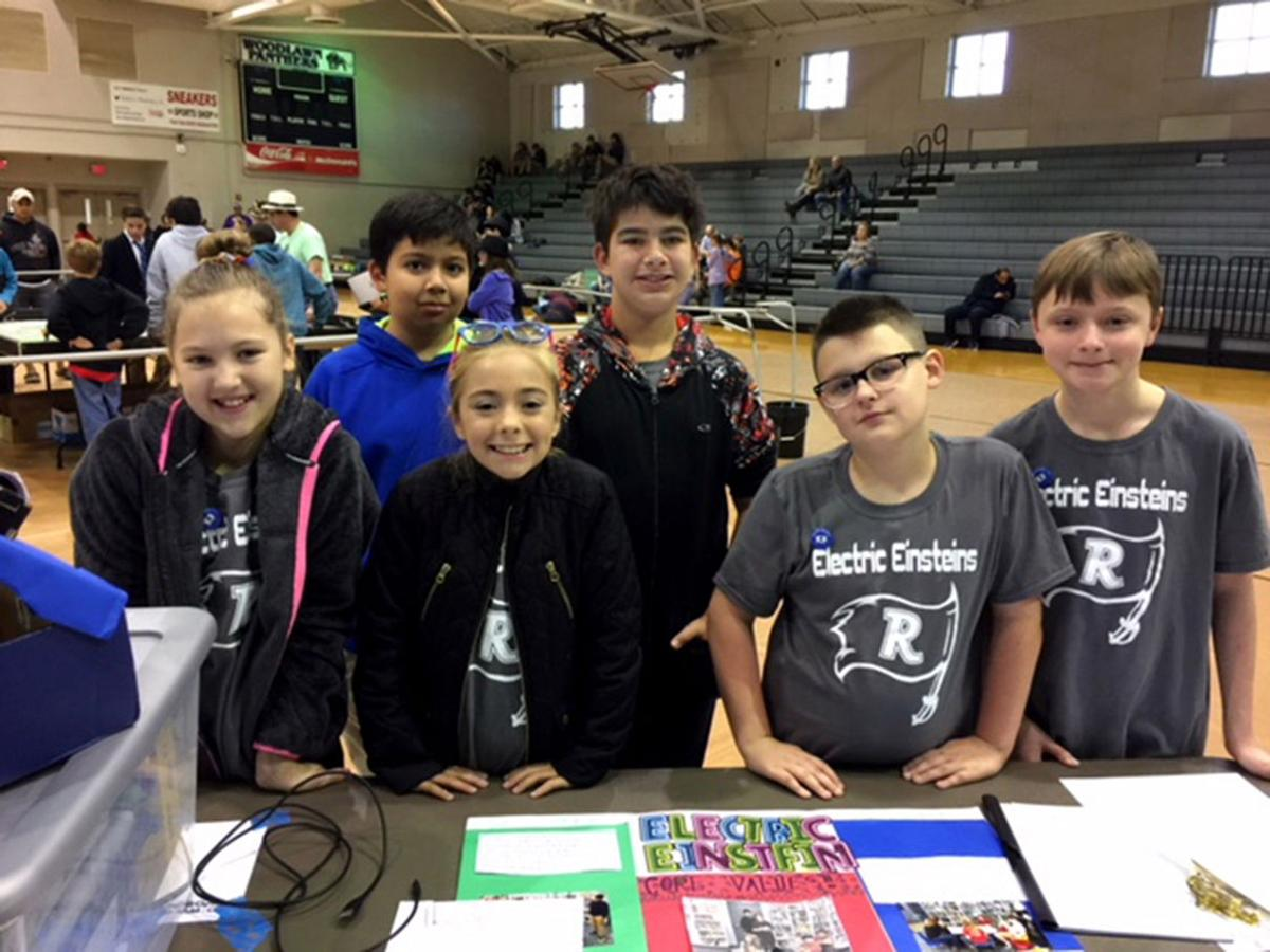 Runnels Elem Robotics Electric Einsteins Team 1.jpg