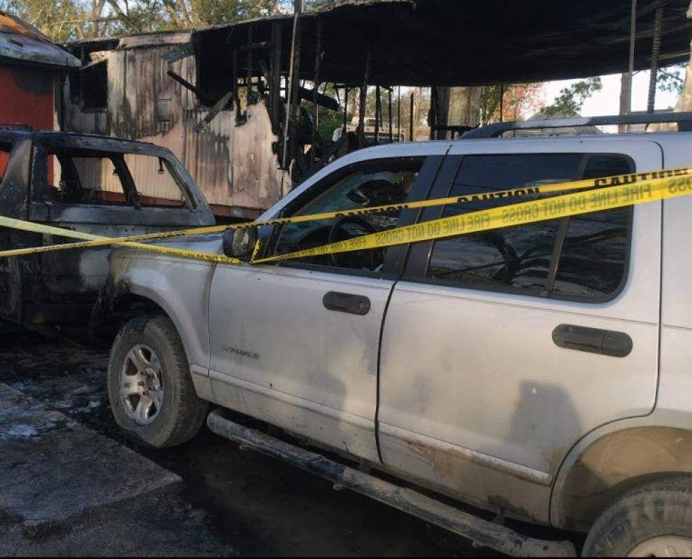 Three children perish in Houma mobile home fire _lowres