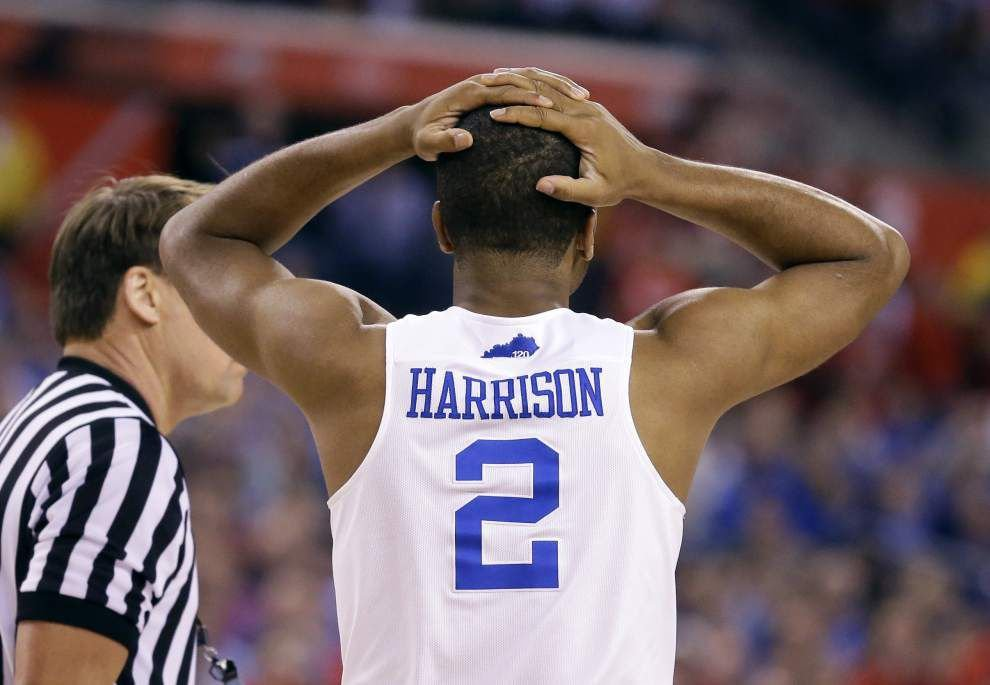 Nobody's perfect: Kentucky falls to Wisconsin 71-64 in Final Four _lowres