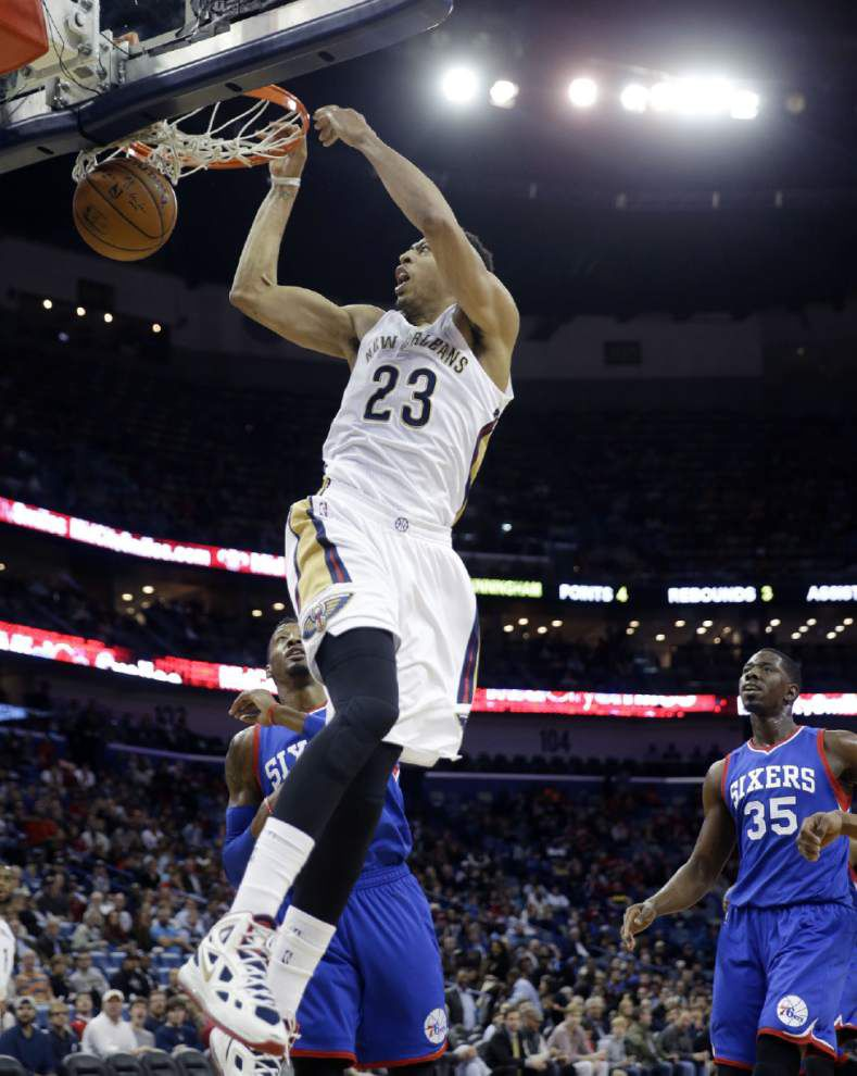 Lewis: Pelicans make it look easy against the Sixers _lowres