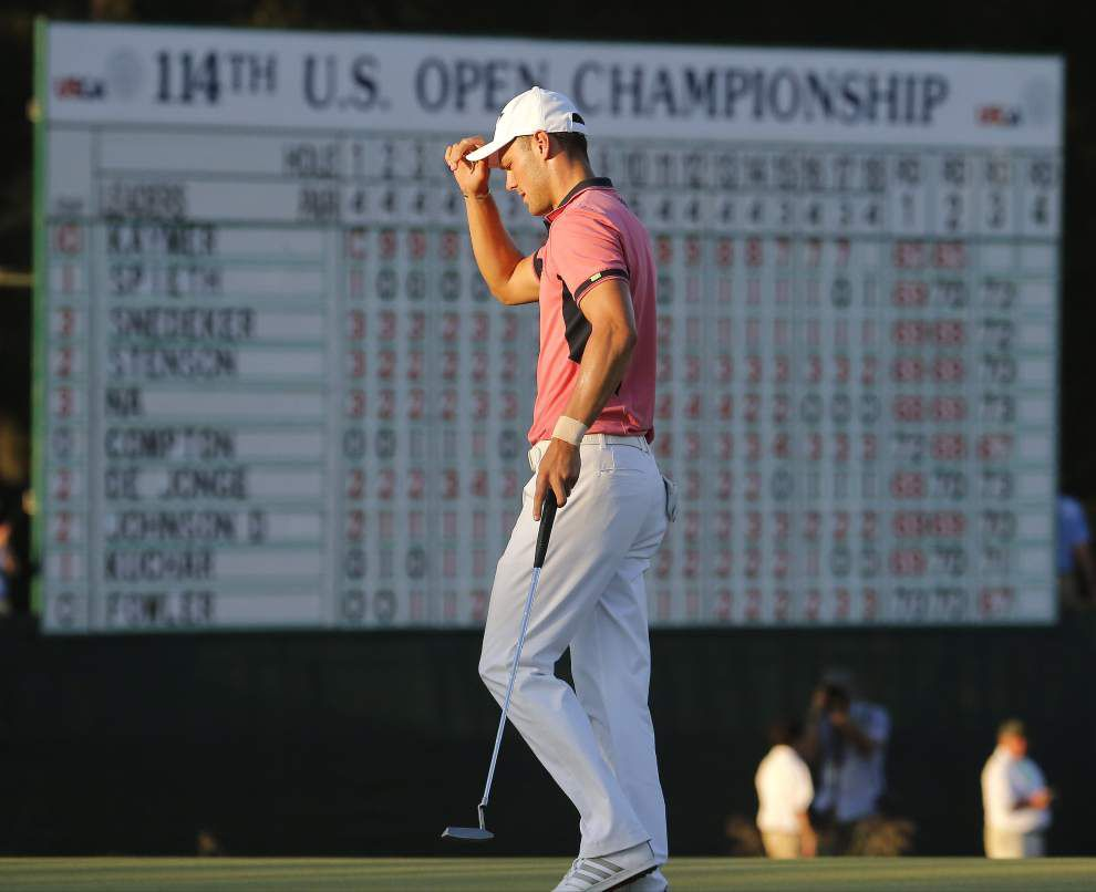 Pinehurst bites back, but Martin Kaymer still leads at U.S. Open _lowres