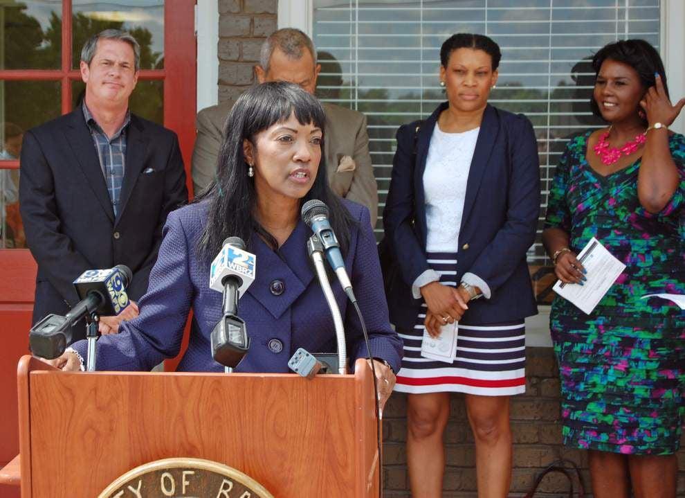 Officials laud Baker workforce development program _lowres