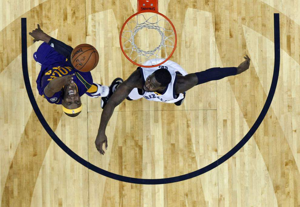 Pelicans can't close their long homestand with a victory, fall 110-95 to the Grizzlies _lowres