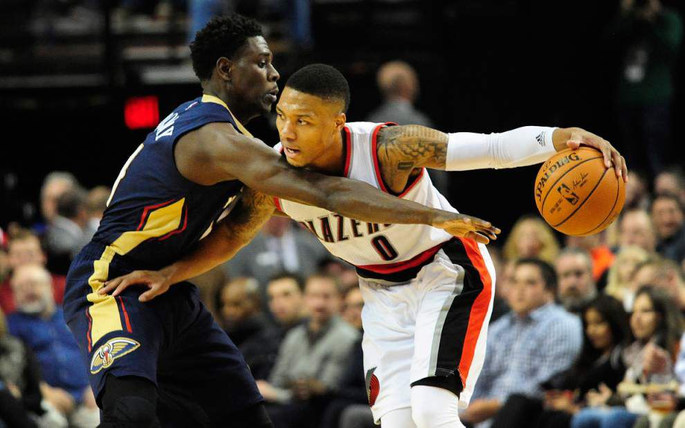 Pelicans fall 105-101 for their seventh straight loss against Portland _lowres