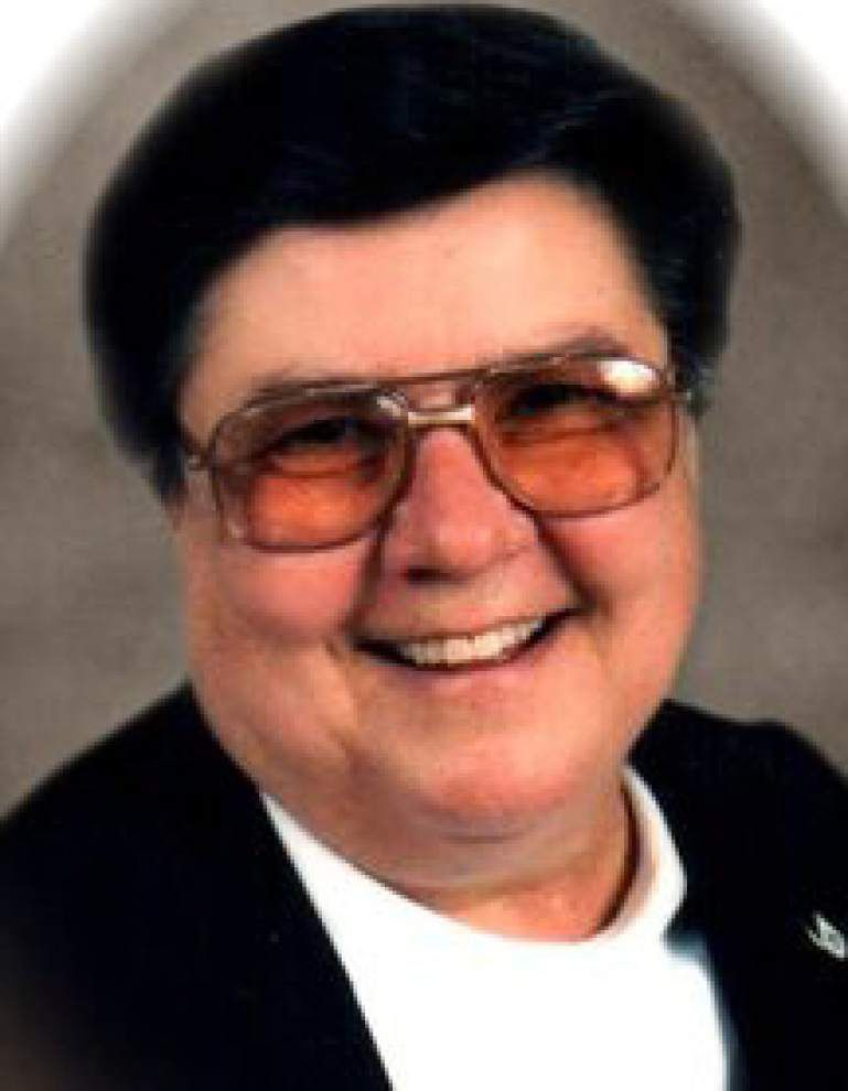 Sister Hilary Simpson, longtime Dominican High School band director, dies at 78 _lowres