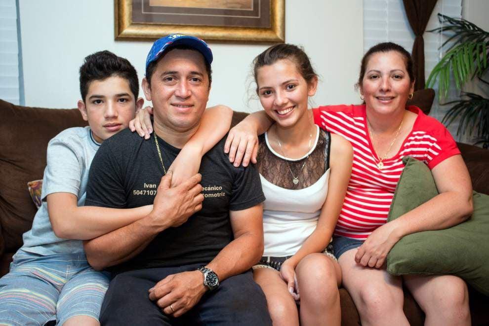 Honduran children seek safe haven in United States _lowres
