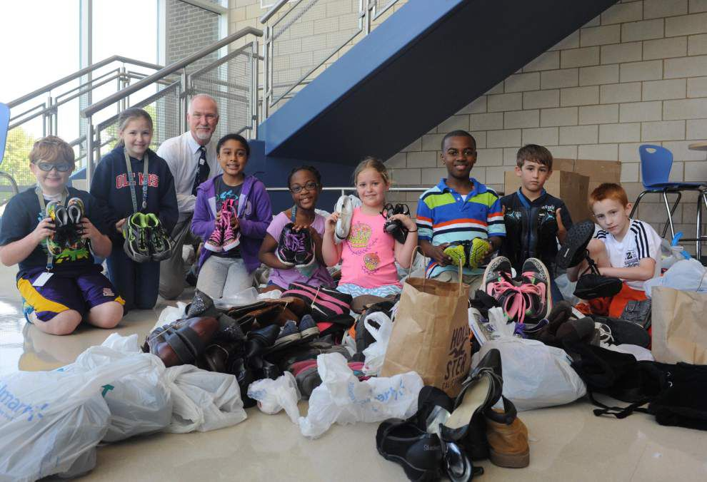 Students donate soles for souls _lowres
