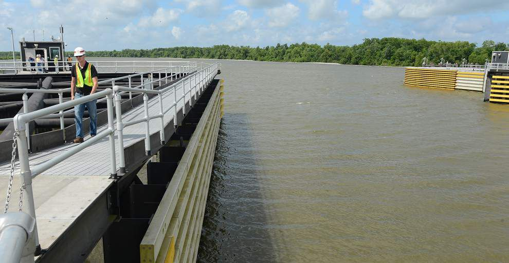 Experts: Levees stronger, but still far from optimal _lowres
