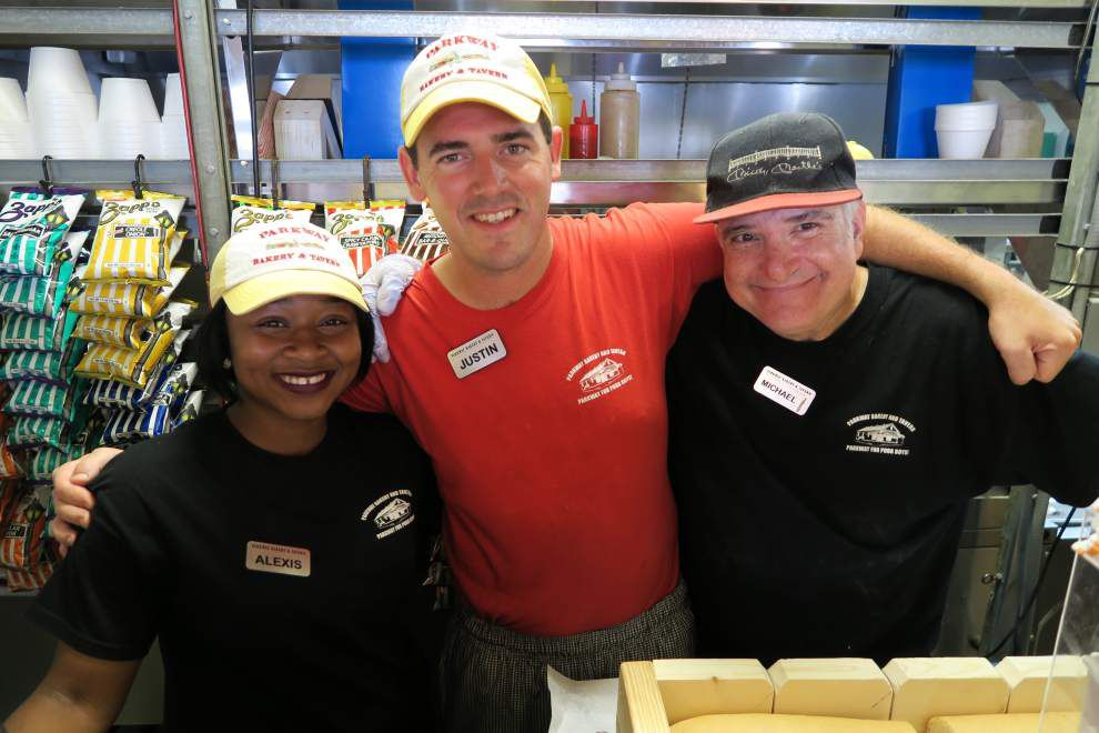 Camaraderie, dressed: New Orleans shops rally to aid of rebuilt Guy's Po-Boys _lowres