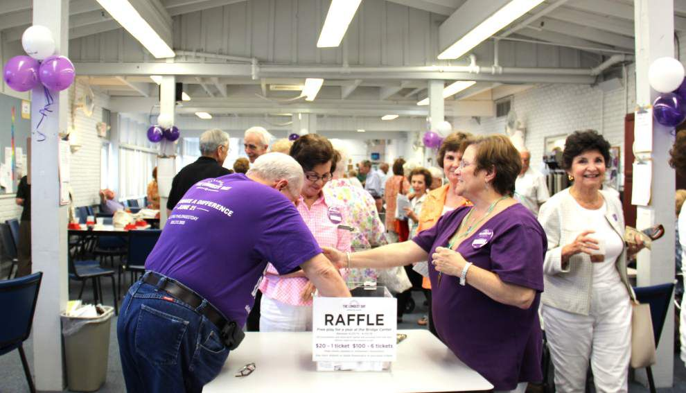 Daylong bridge game supports Alzheimer's research _lowres