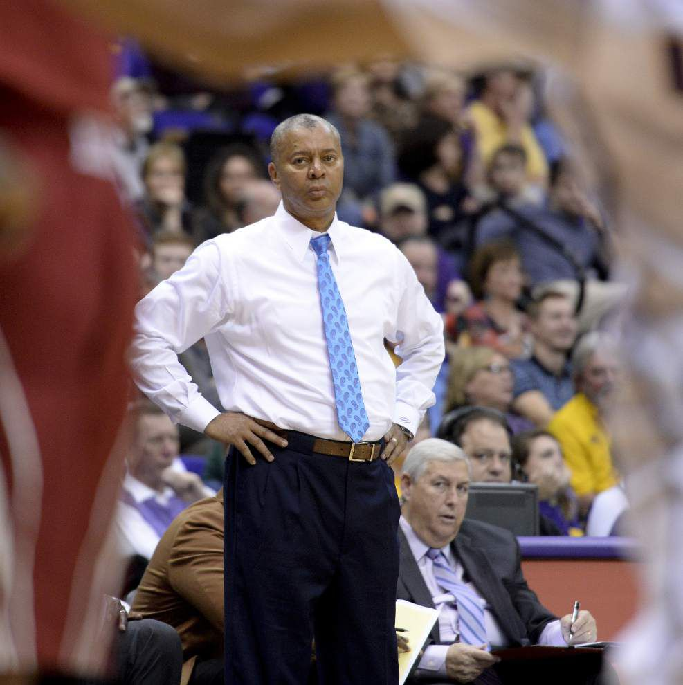 Tigers trek to Tennessee knowing wins need to keep coming to give their NCAA tournament hopes new life _lowres