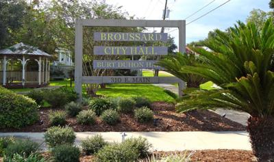 Broussard City Hall