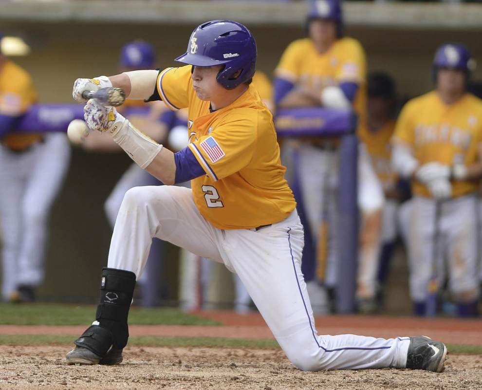 Ahead of fall ball's finale, LSU's young offense continues to grow with help from experienced pitching staff _lowres