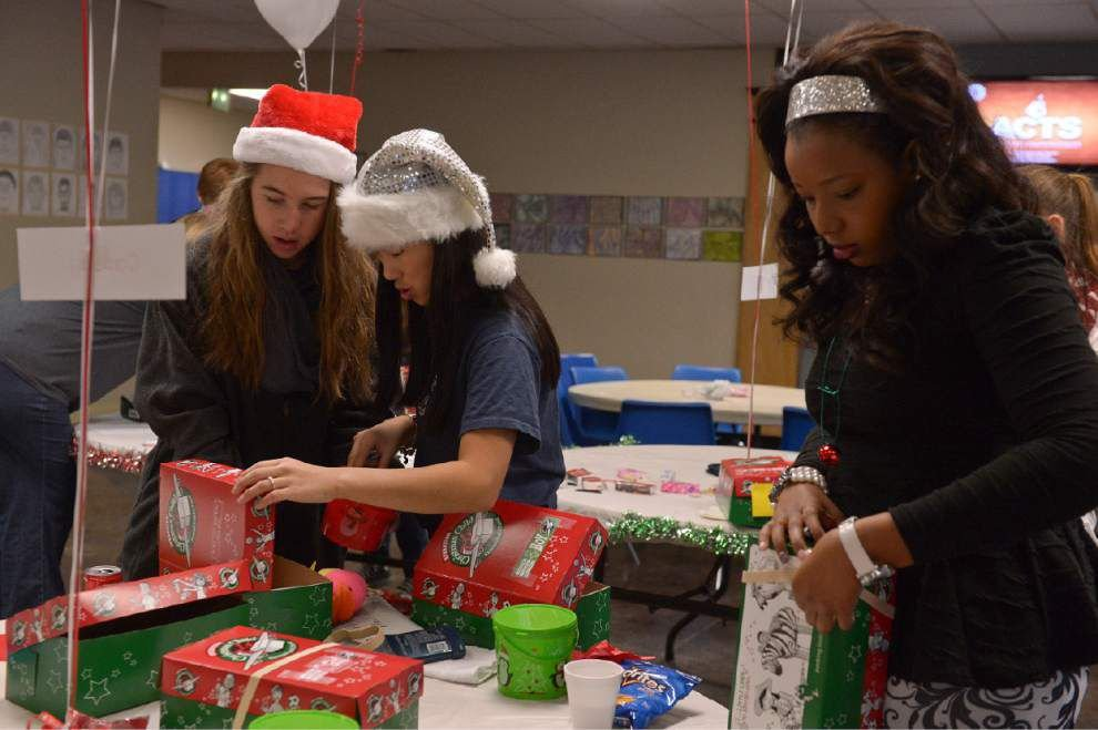 Charity gift-giving project means a lot to BR sophomore _lowres