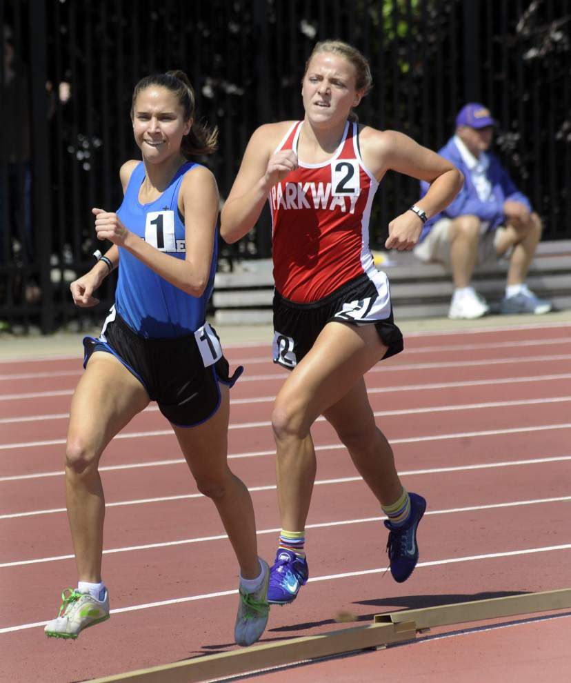 Mandeville's Claire Crosby establishes 5A mark in 1,600 meters _lowres