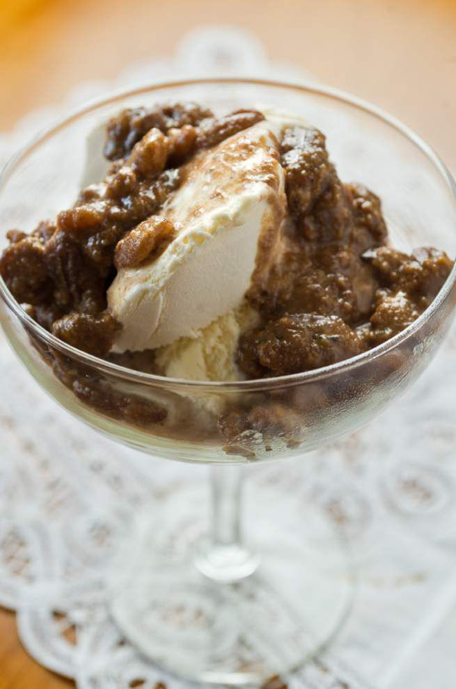 What a Crock!: Slow-cooker offers stress-free dessert experience _lowres