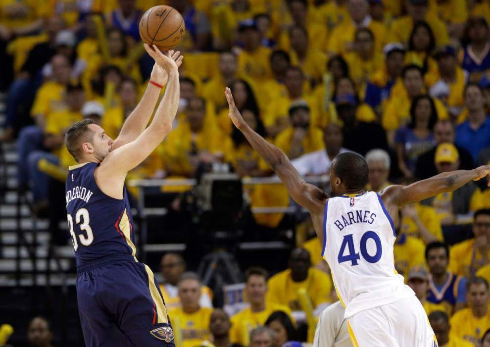 Slow start dooms Pelicans to 106-99 loss to Warriors in Game 1 _lowres