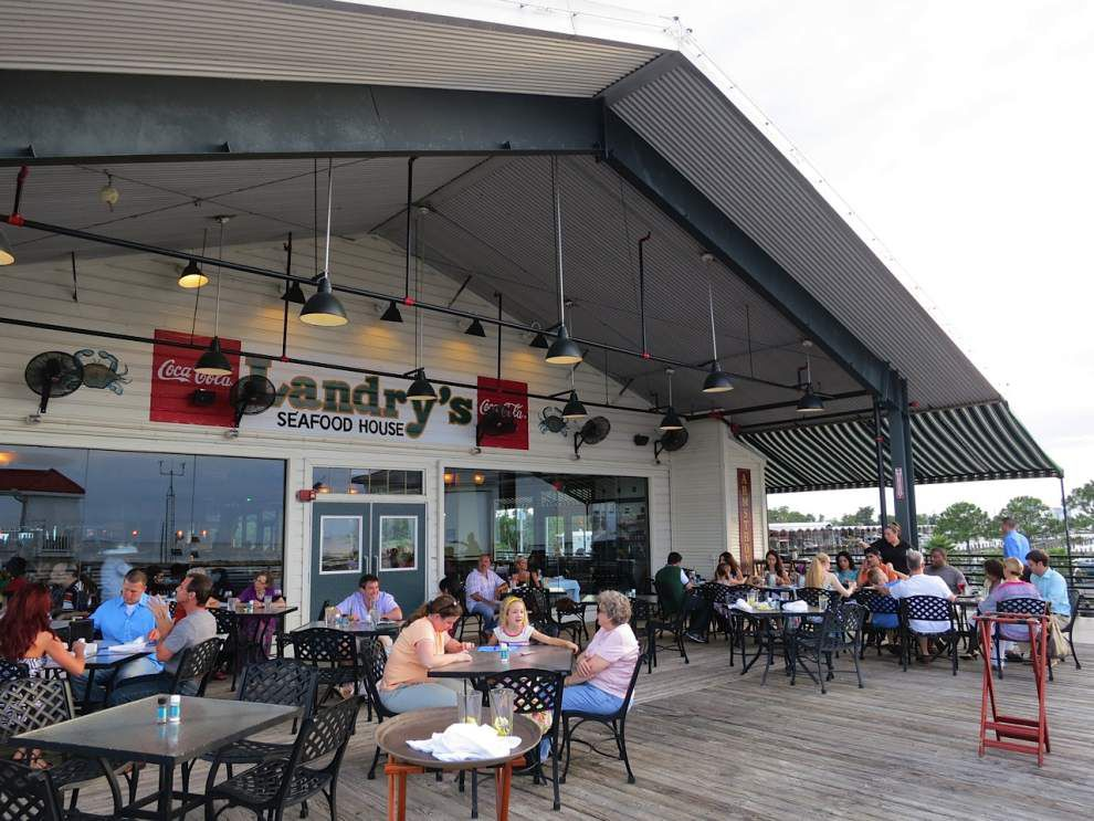 Festive waterfront restaurants offer an easy holiday weekend alternative _lowres