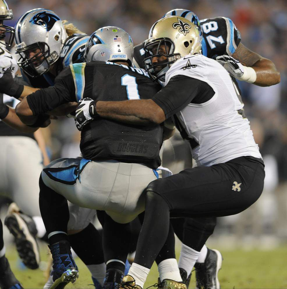 Saints end road hex, take first in NFC South with 28-10 victory at Carolina _lowres
