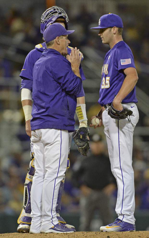 Alex Lange and Hunter Newman team up for a five-hit gem as LSU takes the series from Vanderbilt with a 3-2 win _lowres