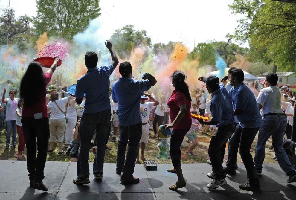 Revelers embrace colorful Indian Holi Festival at Lafayette's Girard Park _lowres
