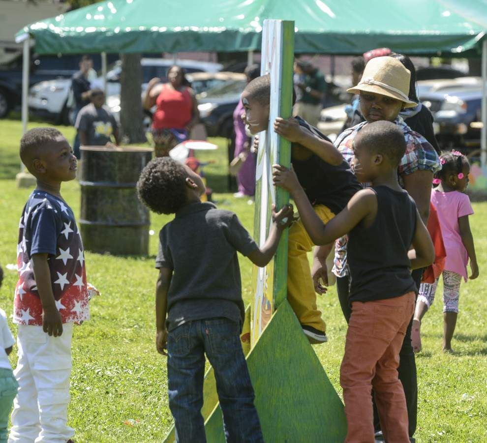 Sheriff's Office hosts annual Easter Egg Hunt _lowres