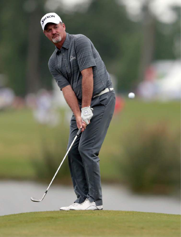 Lafayette native Smith makes cut _lowres