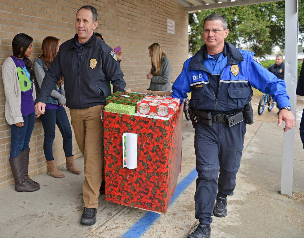 Photos: BRPD toy giveaway _lowres
