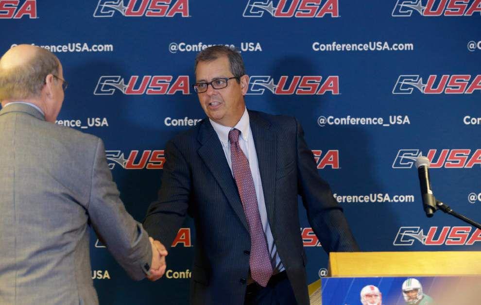NCAA enforcement director defends investigators _lowres