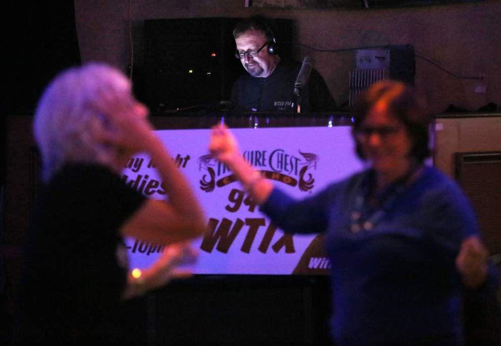 WTIX radio station hosts oldies night, described as the 'soundtrack of New Orleanians' _lowres