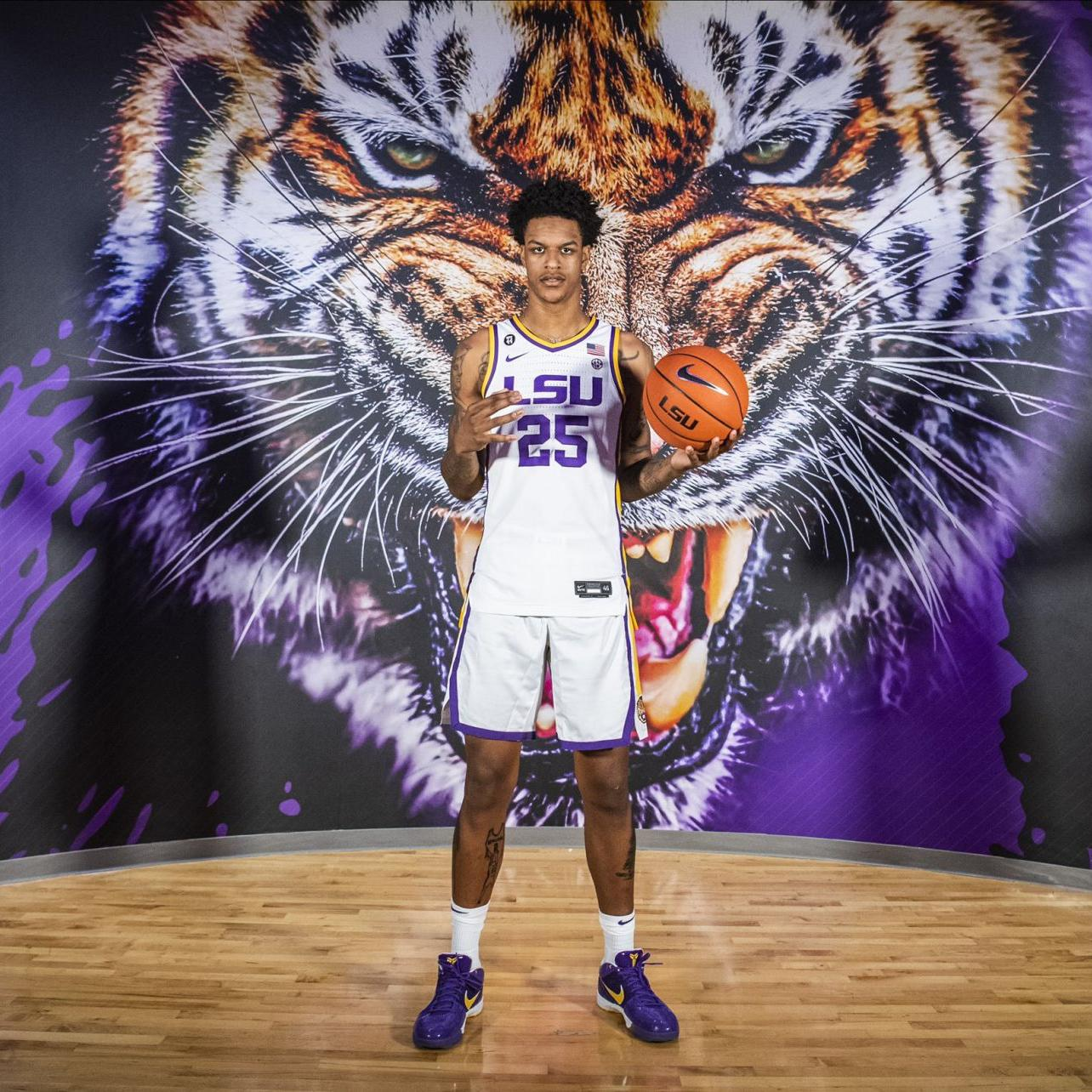 Shaquille O'Neal's son, UCLA transfer Shareef O'Neal, visits LSU, but decision isn't imminent | LSU | theadvocate.com