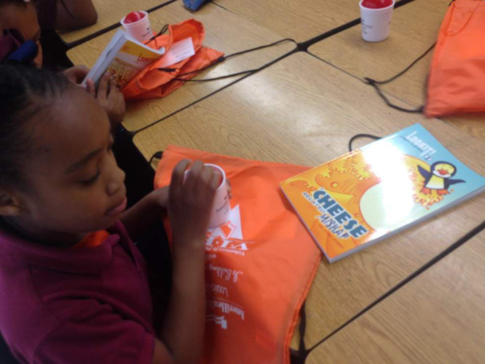 AmeriHealth employees help Park Elementary students _lowres
