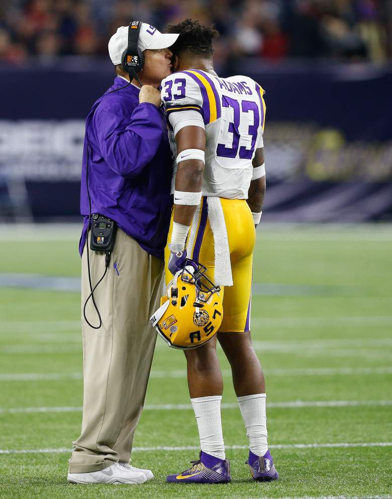 LSU 56, Texas Tech 27: Tigers show off their power _lowres