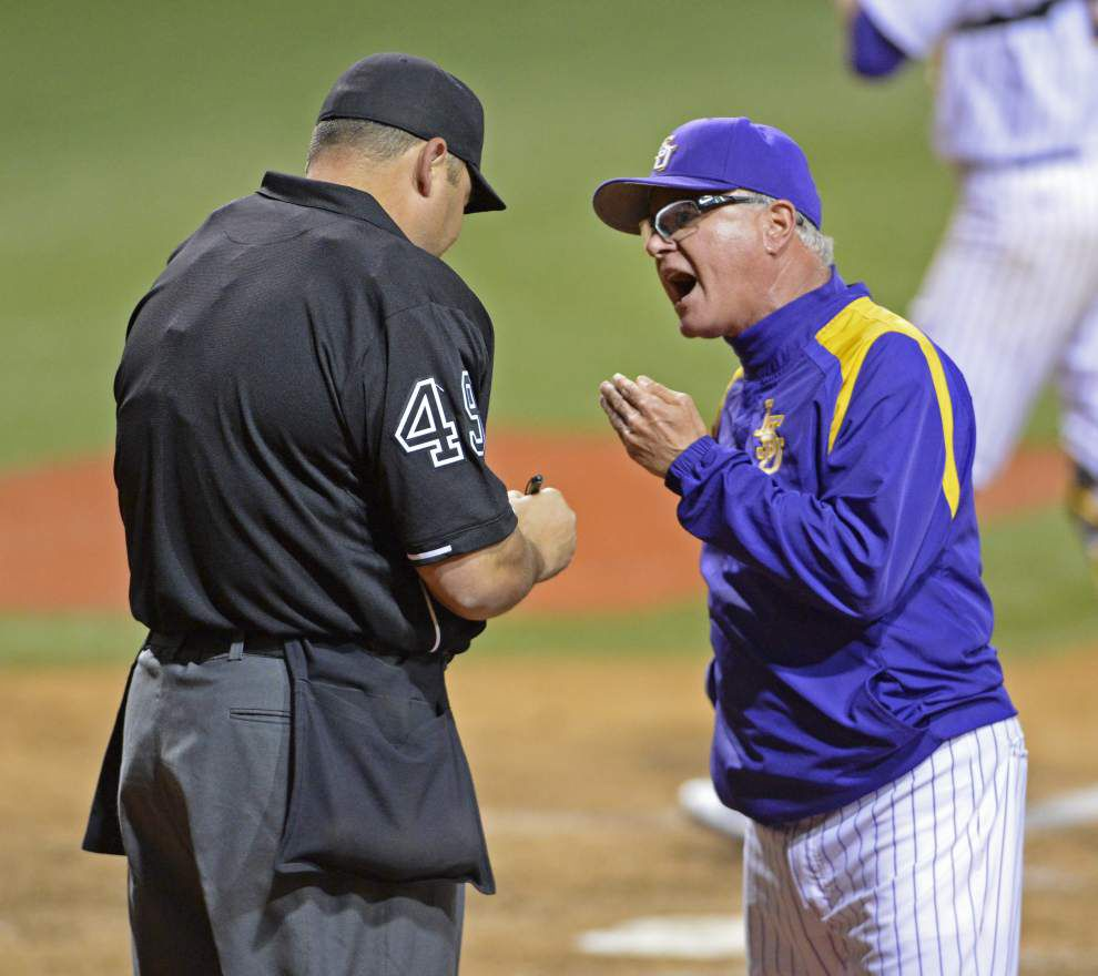 LSU tames Louisiana Tech standout pitcher Tyler Clancy in dreary mid-week matchup _lowres