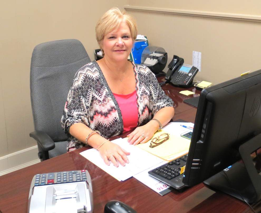 Longtime employee bids farewell _lowres