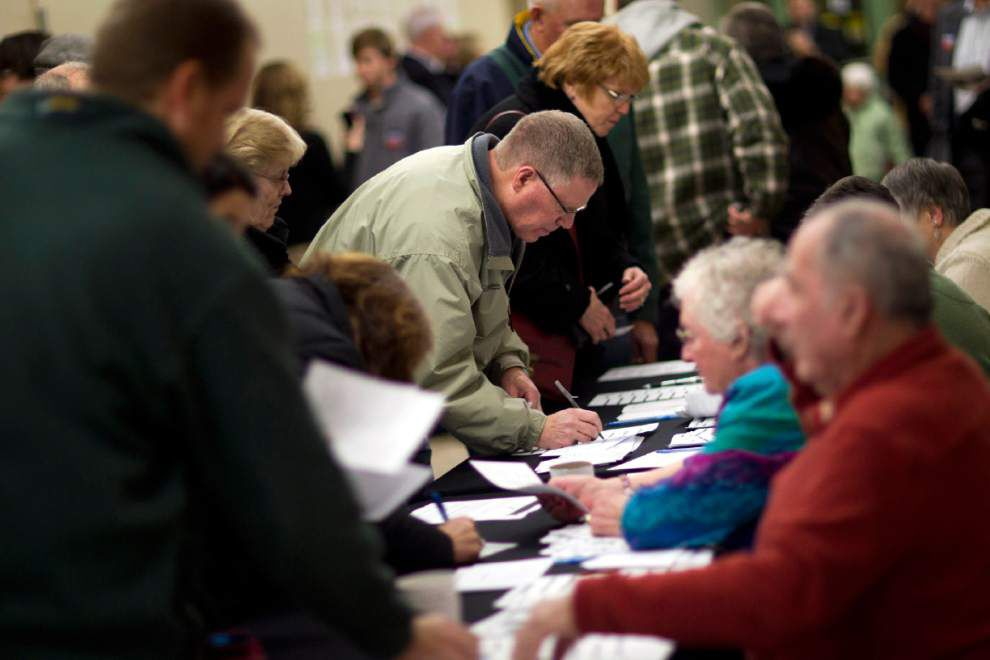 Live Updates: Presidential candidates fight for New Hampshire, see the results as they come in _lowres