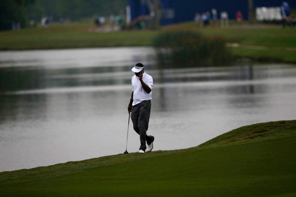 Third-round of Zurich Classic suspended; set to resume at 7 a.m. Monday — weather permitting _lowres