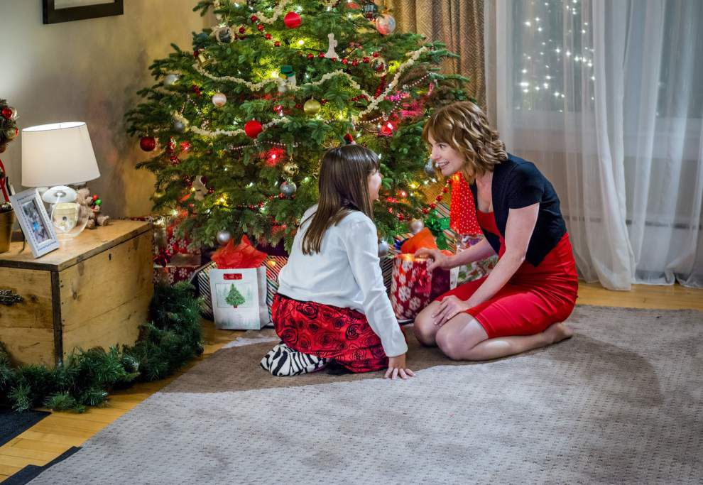 Mom gives the nod to Hallmark's romantic, uplifting — and clean — Christmas movies _lowres
