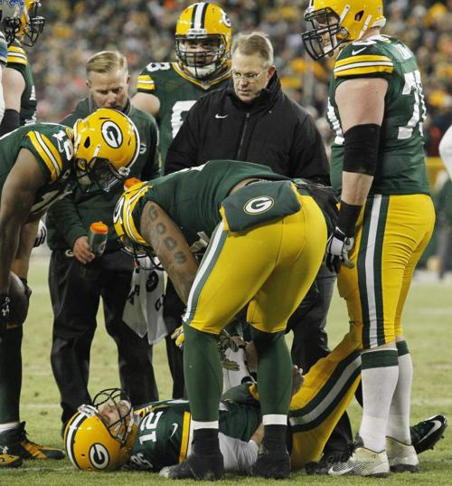 Rodgers, Lacy lead Packers to North title _lowres
