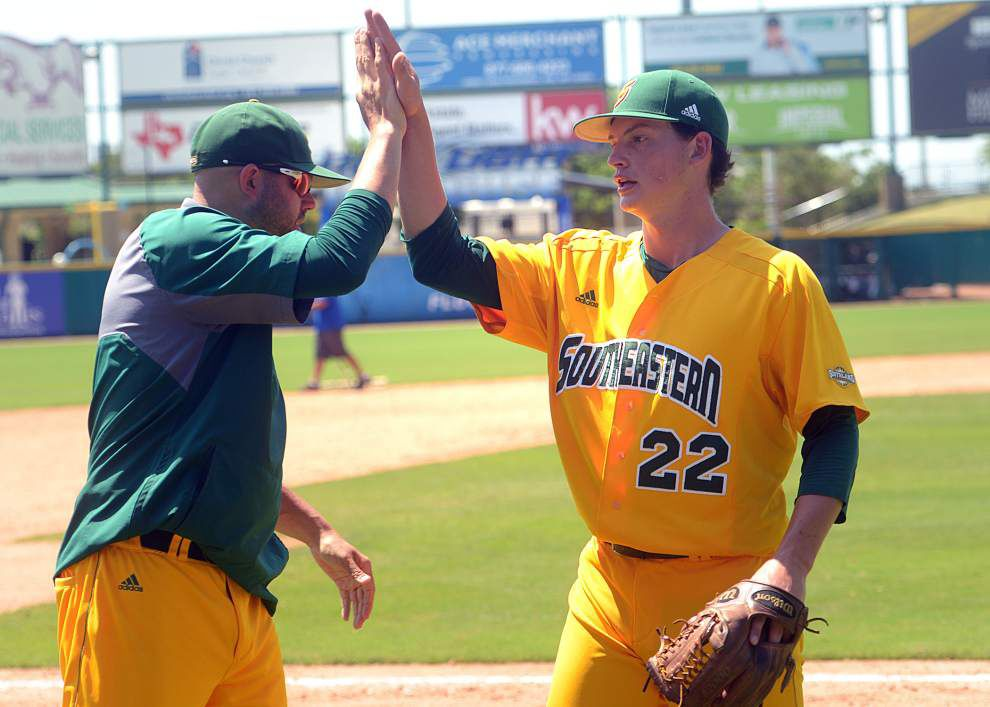 Sam Roberson and Domenick Carlini lead Southeastern baseball past McNeese State 4-1 to claim a spot in the Southland tournament title game _lowres