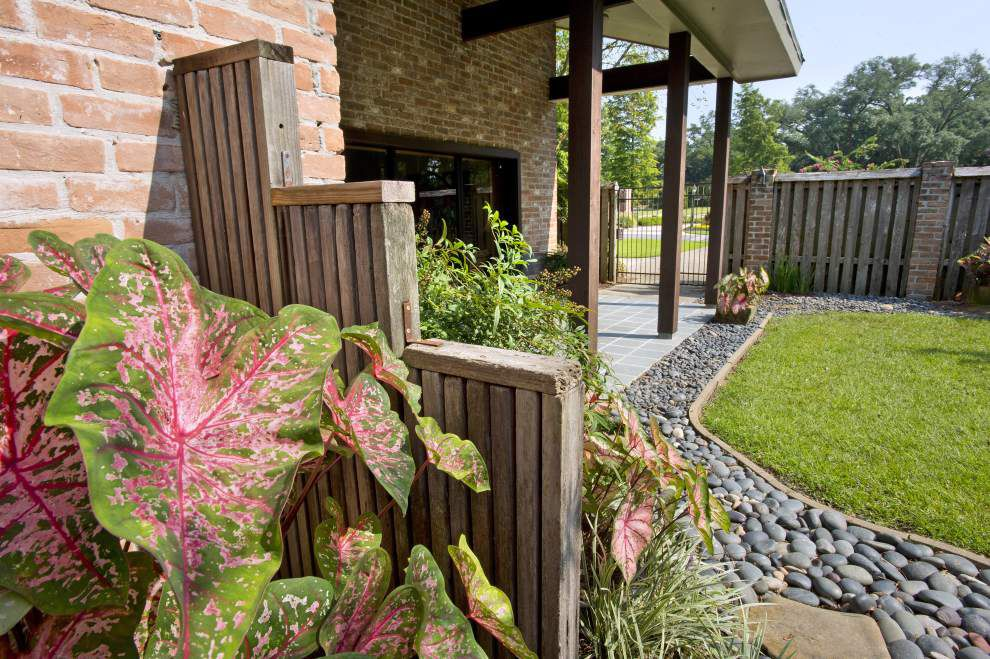Homeowners Rock River Garden Design Inspired By Trip To